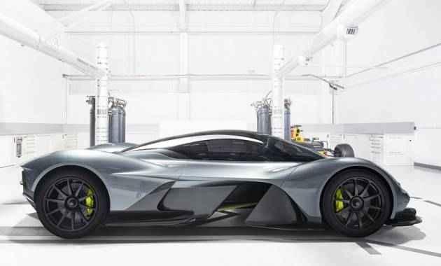 استون مارتن 2017 سيارة جديدة بمواصفات خارقة Aston Martin 2017 AM-R8 001