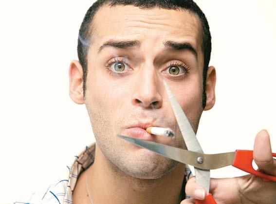 الأبحاث تؤكد: المدخنون أكثر عرضة لفقدان الأسنان