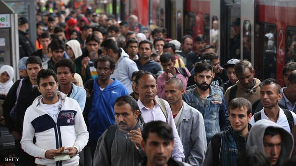 كندا تعلن إستقبالها لـ900 لاجئ سوري يومياً إبتداً من ديسمبر