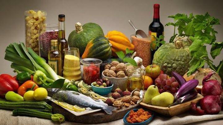 النظام الغذائي المتوسطي يرفع المعنويات حسب الدراسات الطبية