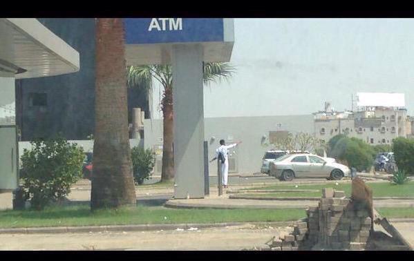 بنك الراجحي في جازان يتعرض لهجوم مسلح من مجهول