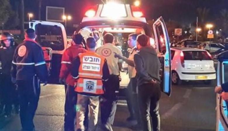 فيديو | لحظة طعن الشاب الفلسطيني مهند للإسرائيليين الأربعة