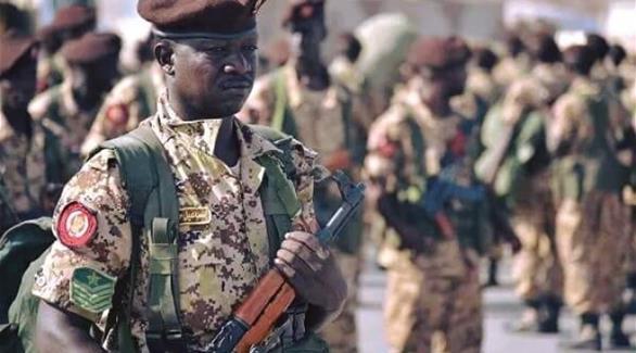 وزير الدفاع السوداني يؤكد وصول قوة سودانية كدفعة ثانية إلى عدن
