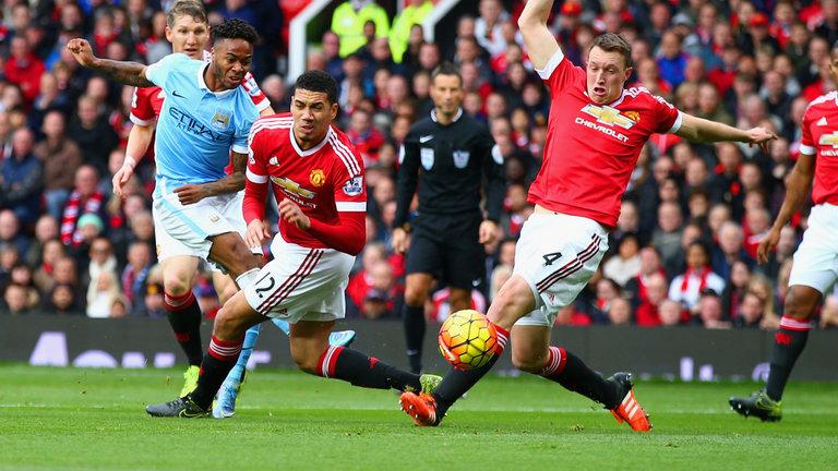 فيديو | مانشستر سيتي يصعد للصدارة أثر تعادله مع مانشستر يونايتد