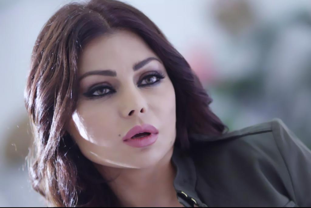 محامي مصري يتهم هيفاء وهبي بنشر الفسق والفجور