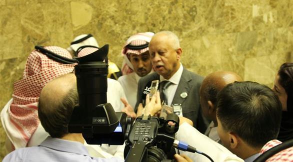وزير الخارجية اليمني يؤكد على تعديلات في تشكيل الحكومة اليمنية