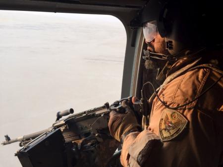القوات الجوية الإماراتية تنفي إستهداف المدنيين في اليمن