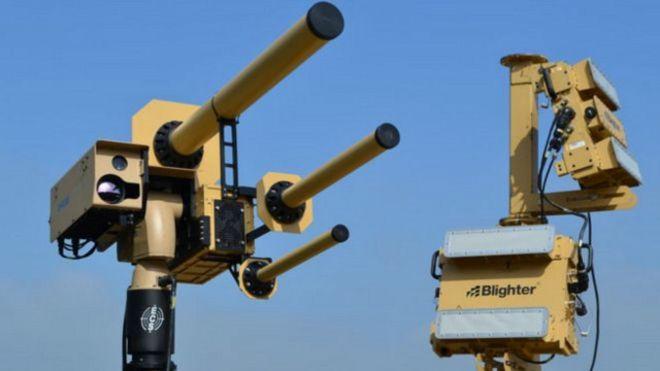 إبتكار جهاز يجمد الطائرات بدون طيار في الجو