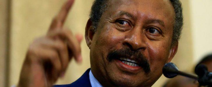 الاقتصادي السوداني الكبير عبد الله حمدوك يؤدي اليمين الدستورية كرئيس للحكومة الانتقالية