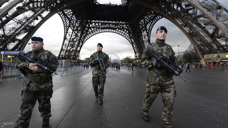 تمديد حالة الطوارئ في فرنسا لمدة 3 أشهر