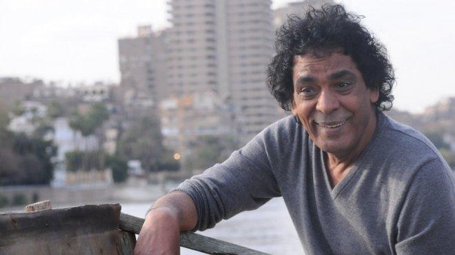 الفنان المصري محمد منير يتعرض لجلطة بالقلب