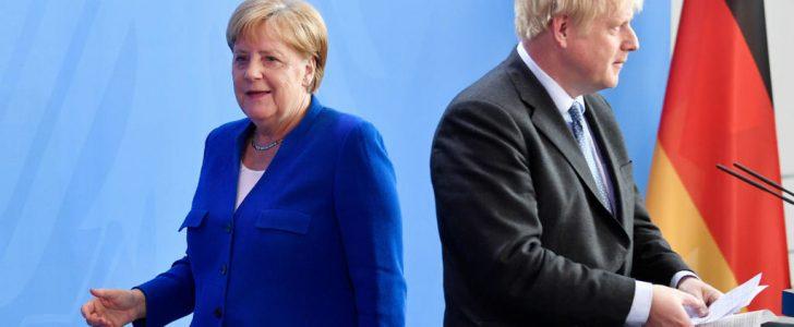 جونسون يلوح بالخروج دون اتفاق حال عدم تخلي قادة الاتحاد الأوروبي عن قضية الحدود مع أيرلندا