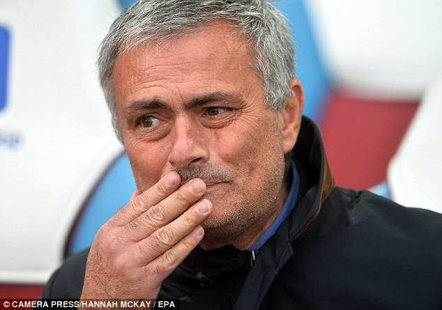 مورينيو لن يأخذ استراحة من كرة القدم