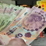 الرئيس البرازيلي يكشف عن سحب الشعب الأرجنتيني لمدخراتهم من المصارف والبنوك