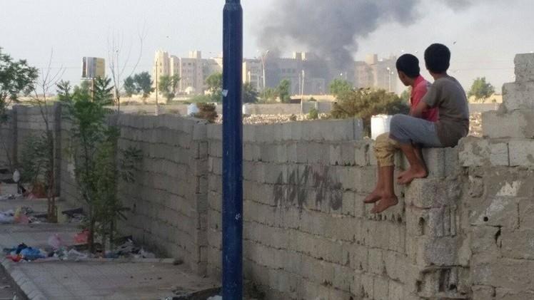 خالد بحاح يؤكد إستهداف مقر إقامة الحكومة اليمنية بواسطة صواريخ