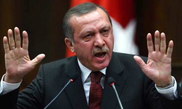 أردوجان يهدد بالرد على أي هجوم تتعرض له الأراضي التركية