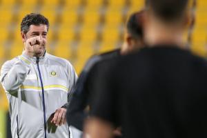 تويتر يشتعل بغصب جماهير النصر من فيتوريا بعد الخسارة أمام الوصل الإماراتي