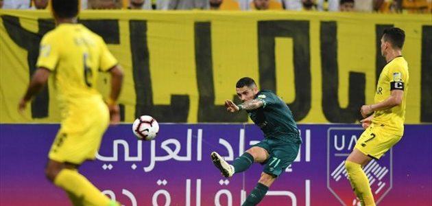 إدارة الأهلي تُحفز اللاعبين بمكافآة شهرين في حال الفوز أمام الوصل الإماراتي