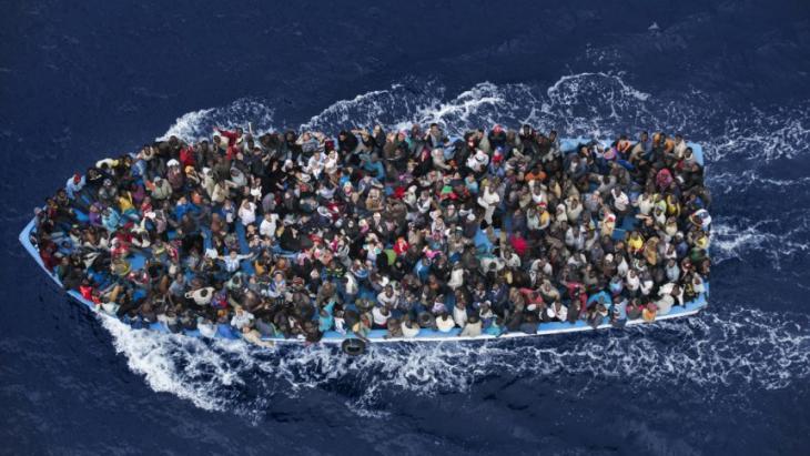 مفوضية اللاجئين تعلن عن إحصائية اللاجئين الواصلين إلى أوروبا